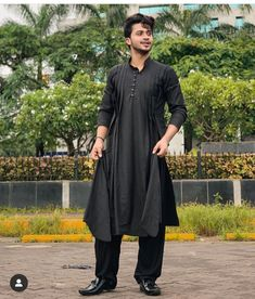 Image may contain: one or more people, people standing and outdoor Photoshoot Pose Boy, Adha Mubarak, Mens Kurta Designs, Chocolate Boys, Social Media Stars, Boys Dpz, Stylish Boys, Indian Photography, Shoulder Length Hair