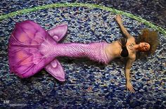 """The sea always filled her with longing, though for what she was never sure."" - Cornelia Funke. Happy #MermaidMonday my friends! Enjoy your day! Tail by @theseanympheffect Photo by @iamluismunoz Location @mareasvillas Makeup by @atljamiek #goodmorning #iwokeuplikethis #mermaid #queen #model #mermaidcrushmonday #mcm #theseanympheffect #costarica #puravida #travel #quoteoftheday #mersquad"