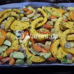 Pečená dýně Hokaido recept - Vareni.cz Pasta Salad, Shrimp, Meat, Chicken, Ethnic Recipes, Food, Crab Pasta Salad, Essen, Meals