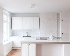 white kitchen, Berliner Altbau