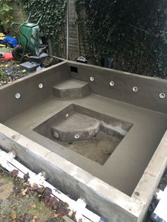 Learn how to build your own DIY Hot Tub in your back yard. Plumbing, Design I cover it all. Pool Diy, Natural Swimming Pools, Swimming Pools Backyard, Swimming Pool Designs, Hot Tub Backyard, Small Backyard Pools, Small Pools, Inground Hot Tub, Jacuzzi Outdoor