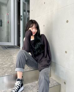 South Korean Girls, Korean Girl Groups, G Friend, Korean Artist, Asia Girl, Korean Singer, Leather Skirt, Give It To Me, Bomber Jacket