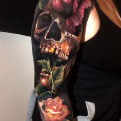 Colour Realism Arm Tattoo tattoo old school tattoo arm tattoo tattoo tattoos tattoo antebrazo arm sleeve tattoo Juncha Tattoo, Tattoos 3d, Skull Rose Tattoos, Skull Sleeve Tattoos, Skull Girl Tattoo, Skull Tattoo Design, Henna Tattoo Designs, Badass Tattoos, Tattoo Sleeve Designs