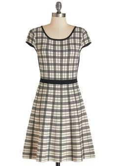 Modcloth INTERNATIONAL ACCLAIM DRESS