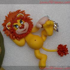 """Львенок и черепаха"" Fondant Cake Tutorial, Cake Topper Tutorial, Fondant Toppers, Polymer Clay Projects, Polymer Clay Creations, Lion Cakes, Chocolate Diy, Jungle Cake, Fondant Animals"