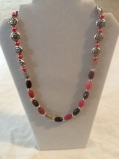 Hey, I found this really awesome Etsy listing at https://www.etsy.com/listing/191253107/coral-and-pink-single-strand-necklace
