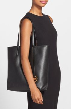 ee70a0e8ed30 MICHAEL Michael Kors 'Izzy - Large' Pebbled Leather Tote (Nordstrom  Exclusive) | Nordstrom