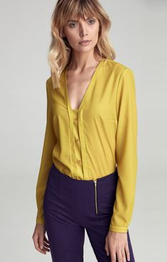 Limonkowa bluzka Nife cb31 V Neck Tops, Blouses For Women, That Look, Vogue, Detail, Long Sleeve, Sweaters, Clean Iron, Yellow