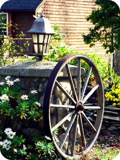 Since I live on a street with the word Wagon in it...I'd love to put this in my front yard.
