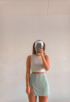 Mode Outfits, Fashion Outfits, Womens Fashion, 80s Fashion, Fashion Hacks, College Fashion, Fashion Images, French Fashion, Ladies Fashion
