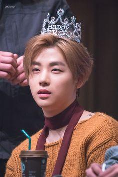 My fairy prince ❤ Yg Entertainment, Btob, Ikon Kpop, Yg Ikon, Ikon Member, Kim Jinhwan, Ikon Debut, Ikon Wallpaper, Korean Beauty