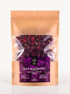 Freeze-dried Wild Blackberry How To Freeze Blackberries, Freeze Dried Fruit, Freeze Dried Strawberries, Freeze Drying, Blackberry, Smoothie, Frozen, Food, Essen