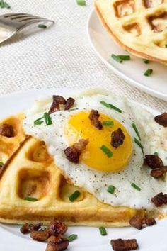 Gofri lett a felhőkenyér: reggelizz egészségesen! Fitt, Cake Recipes, Waffles, Paleo, Food And Drink, Gluten, Sugar, Foods, Drinks