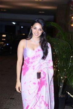 Bollywood Girls, Bollywood Celebrities, Bollywood Fashion, Bollywood Actress, Teen Celebrities, Celebs, Bollywood Saree, Indian Bollywood, Beautiful Saree