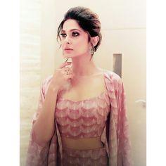 Makeup Looks Everyday, Jennifer Winget Beyhadh, Dps For Girls, Indian Tv Actress, Cute Prom Dresses, Looking Gorgeous, Beautiful, Jennifer Love, Girls Dpz