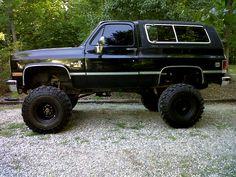 Chevy Trucks lifted Ideas For You Offroad Chevy 4x4, Lifted Chevy Trucks, Gm Trucks, Cool Trucks, Pickup Trucks, Bristol, Chevrolet Blazer, Trucks And Girls, Truck Wheels