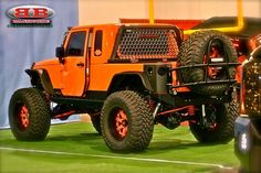 This is a pretty sweet Awesome Orange Jeep Jeep Brute, Jeep Wrangler Rubicon, Jeep Tj, Jeep Wrangler Unlimited, Wrangler Sport, Cool Jeeps, Cool Trucks, Big Trucks, Hummer