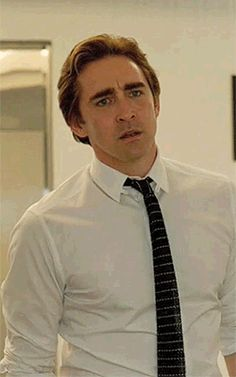 Lee looking mighty fine. ;) (Halt and Catch Fire)
