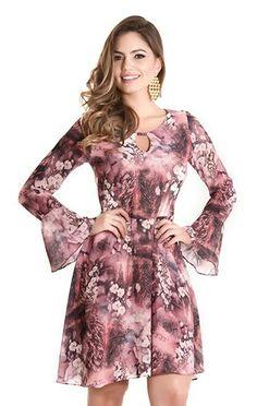 Moda fashion mujer chic simple Ideas for 2019 Simple Dresses, Cute Dresses, Casual Dresses, Summer Dresses, Girl Fashion, Fashion Outfits, Womens Fashion, Fashion News, Vestidos Chiffon