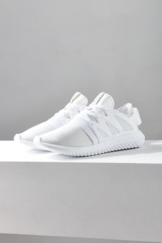 Paper Embossing Machine adidas shoes tubular