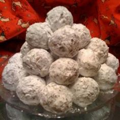 No Bake Coconut Date Balls recipe I remember my mom making these, they are really good. Healthy Recipe Videos, Super Healthy Recipes, Healthy Baking, Delicious Recipes, Tasty, Christmas Cooking, Christmas Desserts, Christmas Candy, Christmas Foods