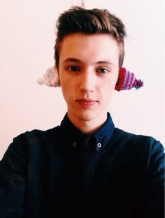 Looking good Troye.<<ikr he should bring these back