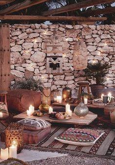 The external environment is also used for aperitifs and … - Armchair Ideas Garden Gazebo, Garden Chairs, Backyard Patio, Outdoor Seating, Outdoor Decor, Garden Design, House Design, Candle Lanterns, Outdoor Gardens