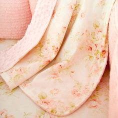 I love this Shabby Chenille Crib Blanket from Carousel Designs!  I would pair it with some white and modern and rustic wood for balance.  Isn't it sweet?  #carouseldesigns #babygirl