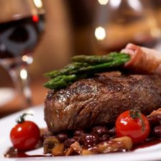 Menu Ideas: Chateaubriande Succulent Angus Tenderloin of Beef Served with a Rich Bordelais Sauce