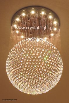 Kryształowa kula // Crystal ball