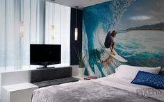 Fresh Summer Decorating Trend: Surf-Themed Wall Murals in Bedrooms