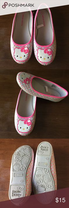 ⚡️flash sale⚡️Hello kitty girls flats In excellent condition , only worn once. Smoke free home Hello Kitty Shoes Dress Shoes