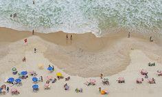 Copacabana Strand, Rio de Janeiro, Brasilien. Foto: Felix Richter Medium Art, Outdoor Blanket, Rio De Janeiro, Social Media