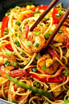 Singapore Noodles Singapore Noodles Recipe, Popular Chinese Dishes, Chinese Food, Cellophane Noodles, Dried Vegetables, Veggies, Carlsbad Cravings, Rice Vermicelli