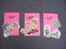 Literacy Center Ideas -- TONS of great ideas for spelling, phonics, reading, GAMES - check it out!!! :)