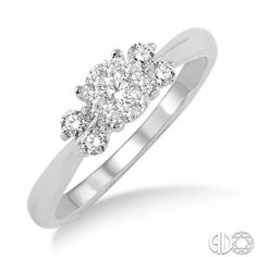 14 Karat White Gold Engagement Ring with a Round Cut Center Stone   Ashi Style: 15354FHWG-LE