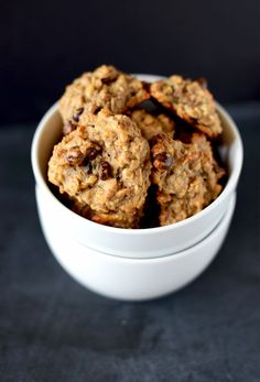 Vegan GF Breakfast Cookies! Minimalist Baker Use sun butter and coconut nectar  as replacements