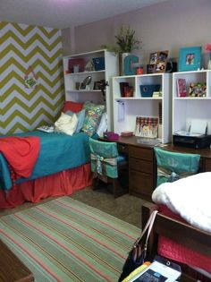 dorm room ideas - shelving on top of desk