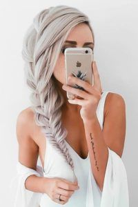 Hair How-To: Big French Side Braid ★ # small side Braids # big Braids french Box Braids Hairstyles, Half Braided Hairstyles, Sporty Hairstyles, Trending Hairstyles, Down Hairstyles, Hairstyles Videos, Quote Tattoos Girls, Small Quote Tattoos, Girl Tattoos