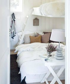 Home & Cottage inspiration Cozy Bedroom, Home Decor Bedroom, Modern Bedroom, White Bedroom, Serene Bedroom, White Rooms, Kids Bedroom, Bunk Rooms, Bunk Beds