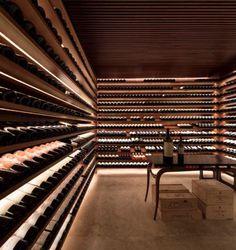 studio – marcio kogan, Fernando Guerra / FG + SG · Ipês H … – Wine Venues Wine Cellar Basement, Wine Cellar Racks, Wine Cellar Design, Wine Design, Wine Cellar Modern, Roof Design, Cave A Vin Design, Studio Mk27, Home Wine Cellars