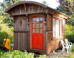 I want to live in a teeny tiny house.