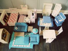 free plastic canvas patterns for barbie furniture Barbie Doll House, Barbie Dolls, Barbie Stuff, Barbie Clothes, Doll Stuff, Barbie Life, Barbie Furniture, Dollhouse Furniture, Diy Dollhouse