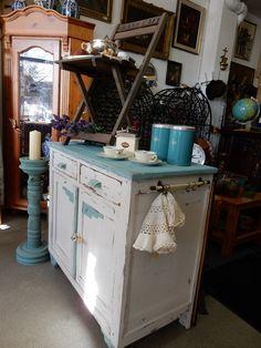 Een originele pastoe kast uit de jaren 60 70 afmetingen ongeveer 215 cm breed 163 cm hoog en - Dressoir originele keuken ...