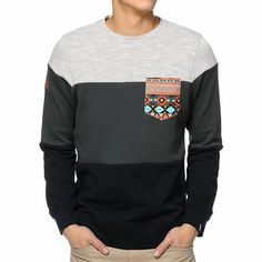 The Dravus Palmetto charcoal and black pocket crew neck sweatshirt blends unique style and comfort. Do you style a favor and cop the grey upper, charcoal middle, and black lower colorway with a tribal print chest pocket to add some wild style to the Dravu