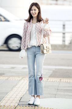 Snsd yuri airport fashion style