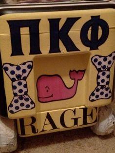 I love being a Pi Kapp Little. Cute Crafts, Crafts To Do, Arts And Crafts, Diy Crafts, Fraternity Coolers, Frat Coolers, Phi Mu Crafts, Coolest Cooler, Cooler Designs
