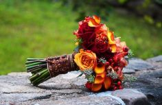 Almost the perfect Fall color scheme bouquet, really like it....