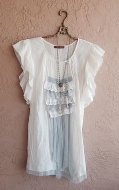 75 off Gypsy tunic with lace and crochet details por BohoAngels