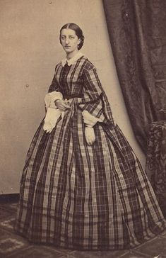 ~ ~ Antique Photograph ~ ~ Women in plaid dress ~ civil war. - Visit to grab an amazing super hero shirt now on sale! Historical Costume, Historical Clothing, Civil War Fashion, Civil War Dress, Second Empire, Civil War Photos, Period Outfit, American Civil War, Captain American
